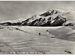 Conca di Campocatino con Peschio delle Cornacchie sullo sfondo